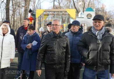 Губернатор оценил ход реконструкции социально значимых объектов в Пензе