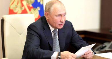 В РФ дни с 30 октября по 7 ноября объявлены нерабочими